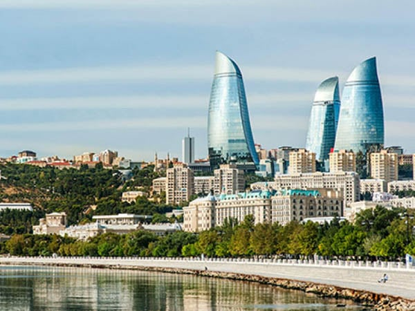 Top 10 things to do in Baku – Highland Park, Palace of Shirvanshakhs, Carpet Museum