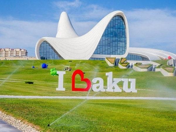 Как выбрать тур по Баку– Турпакет или индивидуально?