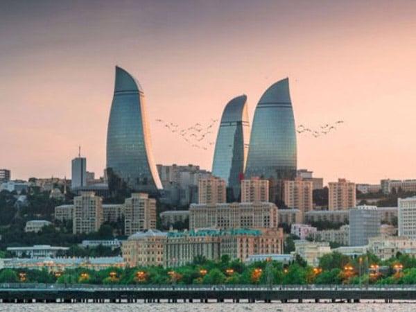 Как путешествовать по Баку? Где остановиться в Баку?