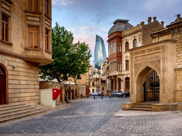 Tours packages to Azerbaijan are an acquaintance with a country on the shores of the Caspian Sea